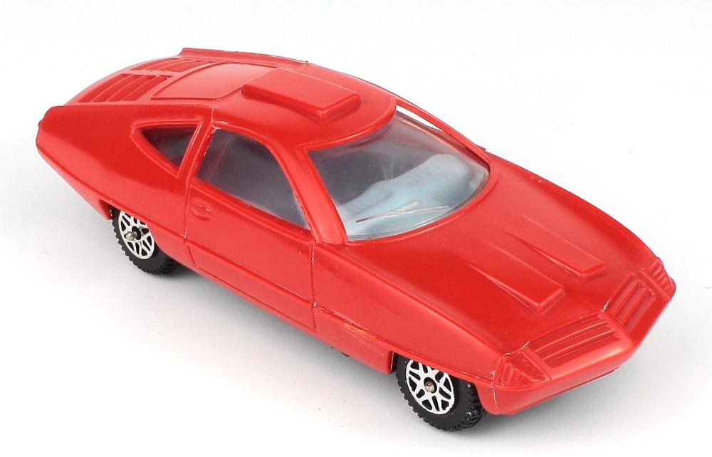 red plastic QDT 1.jpg