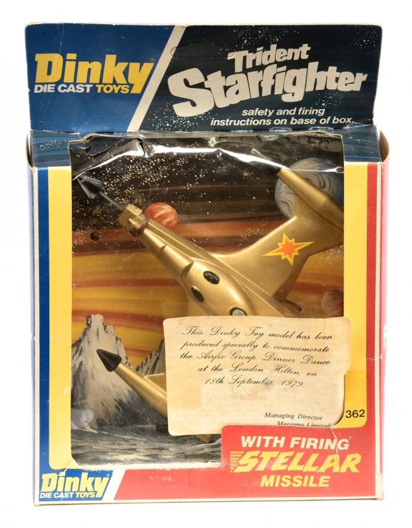 362 Gold Trident Starfighter.jpg
